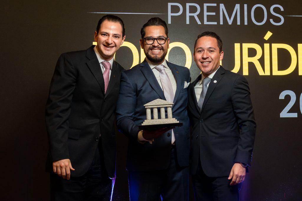 Lorenzo Hurrle Edmundo Chevalier Jaime Limón Abogado Digital 2019 Premios Foro Jurídico Winchester